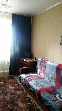 Комната с лоджией 13 кв.м. в 2-комнатной квартире на ул. Безыменского - Фото 1