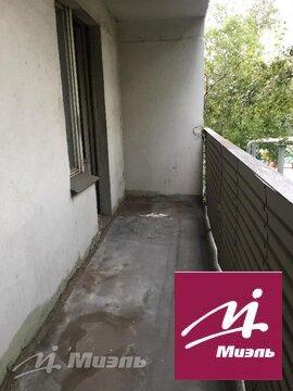 Продам 2-к квартиру, Москва г, Нарвская улица 11к1 - Фото 1