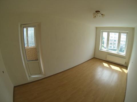 Продается трехкомнатная квартира в монолитно-кирпичном доме. - Фото 2