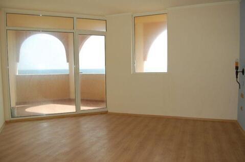 Двухкомнатный апартамент в курорте Елените на берегу море - Фото 3