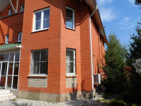 Продается дом 370 кв.м, участок 15 сот. Кокошкино, Киевское ш, 25 . - Фото 1