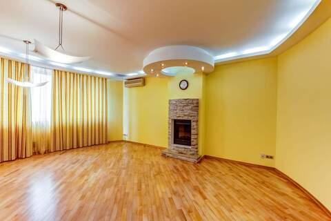 Продам: 4 комн. квартира, 138.4 м2 - Фото 1