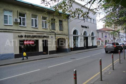 Продажа кафе, бара, ресторана пл. 76 м2 м. Бауманская в жилом доме в .