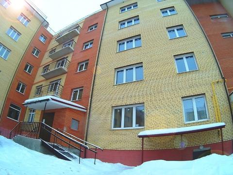 Продажа 2-комн. квартиры в новостройке, 66 м2, этаж 2 из 5 - Фото 1