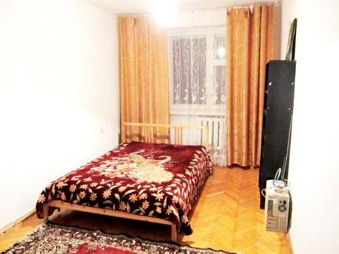 Продается 2-комнатная квартира п. Быково, ул. Опаринская, д. 3к2 - Фото 1
