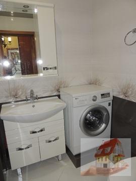 2 комнатная с ремонтом в монолите в жном районе, Купить квартиру в Новороссийске по недорогой цене, ID объекта - 323046891 - Фото 1