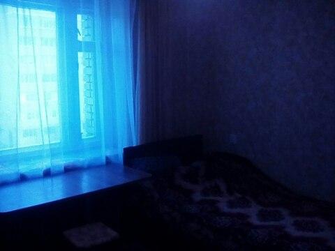 Сдается комната на ул.Тракторная дом 1в, - Фото 1