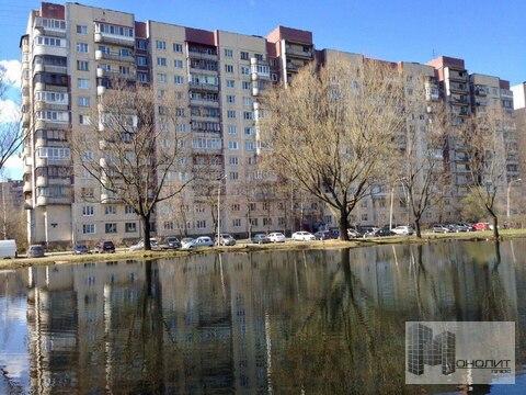 52 квм двухкомнатная квартира в доме 137 серии - Фото 1