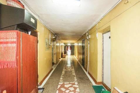 Комната в общежитии 18 кв.м. в Омске - Фото 2