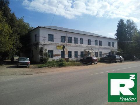 Двухэтажное здание общей площадью 821 м2 в Боровске улица Ленина 71/2 - Фото 1