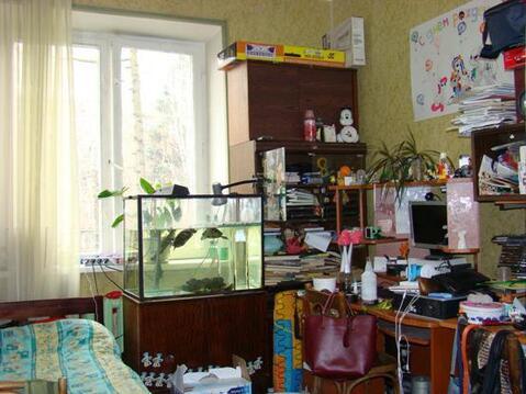 Комната в 3-х к.кв.жилая площадь 20,8 кв.м. ул. Болотниковская д.15 - Фото 1