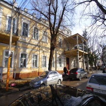 Здание отдельно стоящее общ.пл.1700 м.кв.Центр, под любой вид деятельн - Фото 1