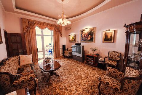 В самом центре Ялты, на Набережной продаётся двухкомнатная квартира на - Фото 3