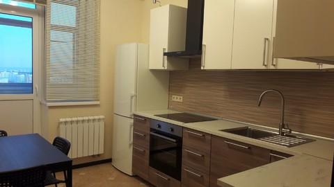3-комн. квартира: Москва, улица Адмирала Лазарева, д.63к1 - Фото 1