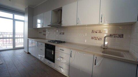Купить двухкомнатную квартиру с ремонтом, автономное отопление, центр. - Фото 3