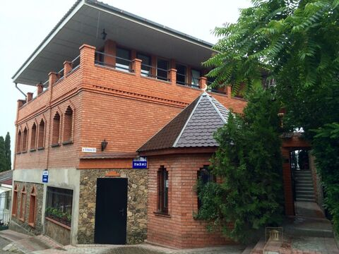 Продается 4 комн. квартира (116.1 м2) в г. Алушта - Фото 1