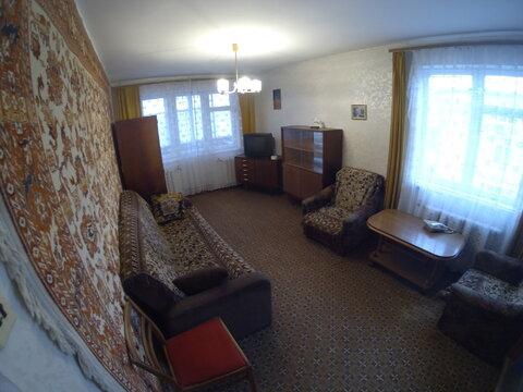 Продается двухкомнатная квартира в п. Калининец. - Фото 1