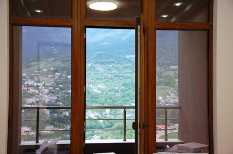Продается двухэтажная квартира с хорошим ремонтом в Массандре - Фото 5