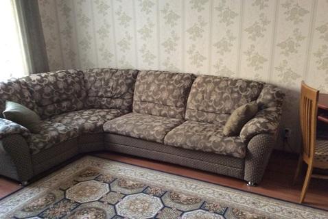 Продаётся теплая и светлая двухкомнатная квартира - Фото 1