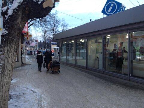 Аренда торгового помещения, ул. 50 лет Октября 3а, площадью 35 кв.м - Фото 4