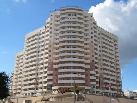 Купить квартиру в развитом районе города Новороссийска, ЖК Лазурный. - Фото 1