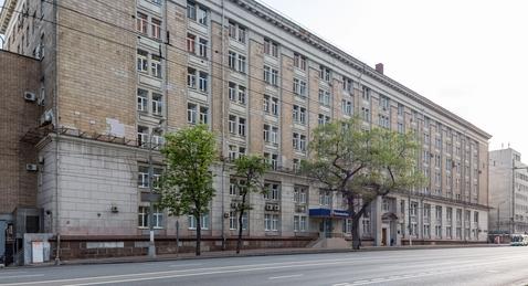 Офис в аренду 380.8 м2, кв. м/год - Фото 1