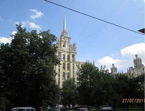 Продается 2х кв, окна на сквер у гост.Украина, стены толщиной 1м. - Фото 2