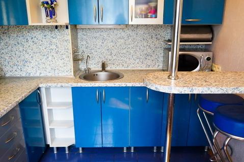 3 комнатная квартира с хорошим ремонтом и мебелью возле метро и центра - Фото 4