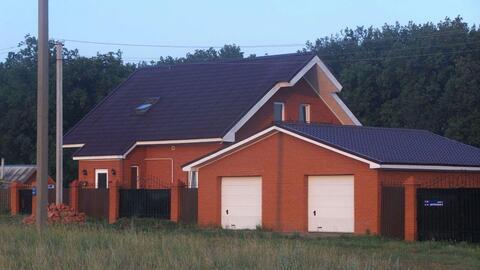 Продается двухэтажный коттедж 211 кв.м. на участке 10 сот. в Дубках - Фото 1
