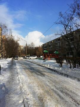 Квартира в Климовске, 3-х комнатная, кухня 8,3 кв.м. - Фото 3