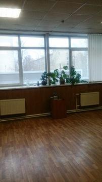 Офисное помещение на втором этаже бизнес-центра. 35 кв.м. - Фото 2