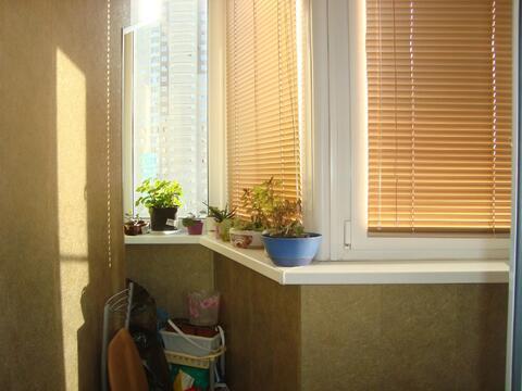 Большая двух комнатная квартира 64 кв. м. кухня 13 - эркер - Фото 4