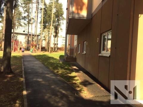 Продается большая двухкомнатная квартира у Озера - Фото 1