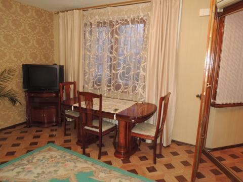 Трёх комнатная квартира в районе фпк по адресу ул. Тухачевского 43 - Фото 4