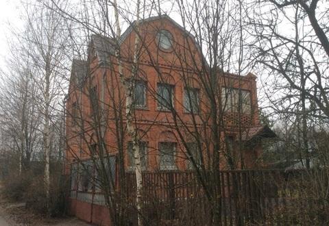 Продается 3х этажная дача 160 кв.м. на участке 7.3 сотки - Фото 1