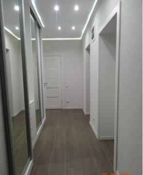 Продается 2-комнатная квартира 73 кв.м. этаж 2/9, Космонавта Комарова - Фото 2