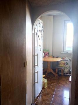 Продается двухкомнатная квартира, комнаты изолированные, выход на лодж - Фото 4