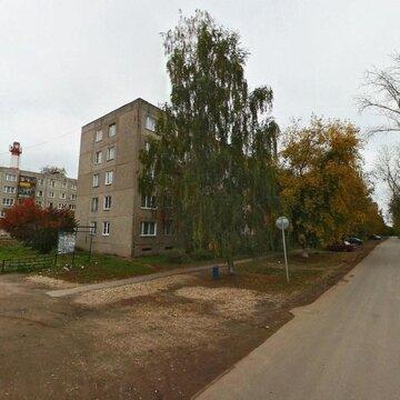 Продаю двухкомнатную квартиру в поселке 6 Фабрика. - Фото 1