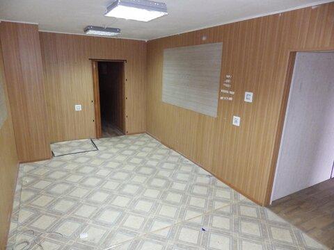 Продам торговое помещение по улице Катукова, д. 27 - Фото 1