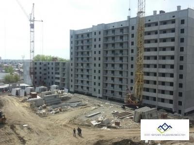 Продам Дзержинского 19, 8 эт, 35 кв.м , 1324т.р строительная отделка - Фото 1