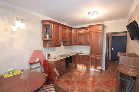 Продается шикарная двухкомнатная квартира с ремонтом в финском доме - Фото 1