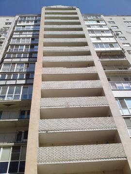 Квартира с дизайнерской отделкой, 2 комнаты, ул. Менякина д. 1 - Фото 2