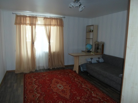 3 комнатная квартира с евроремонтом на ул. Кленовой,7 - Фото 2