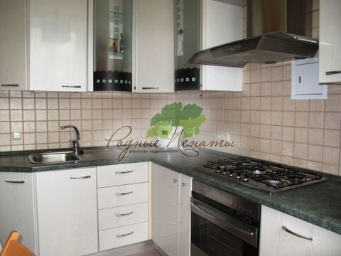 Продается 2-к Квартира ул. Бажова - Фото 1