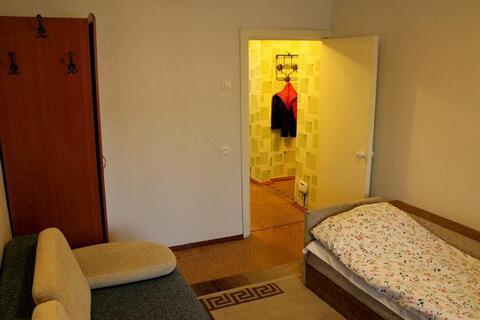 Медгородок, С.Дерябиной, 30, 1-к. квартира, 1300 руб/сутки. - Фото 2