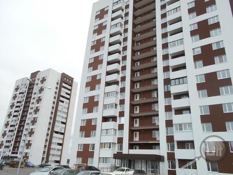 Продается 1-комнатная квартира, ул. Генерала Глазунова - Фото 1