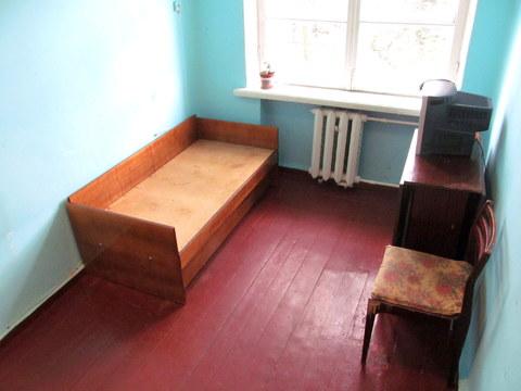 Сдается комната в Кировском районе - Фото 1