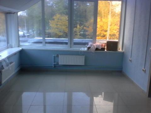 Помещение 60 кв.м на втором этаже торгового центра на ул. Курчатова - Фото 1