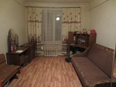 Сдам комнату 18 м2 в г. Серпухов, пл. 49 Армии - Фото 1