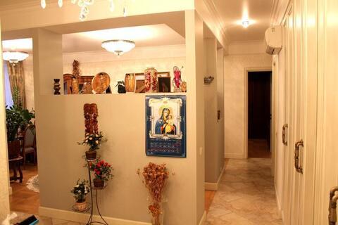 Трехкомнатная квартира с дизайнерским ремонтом продается свободной - Фото 5